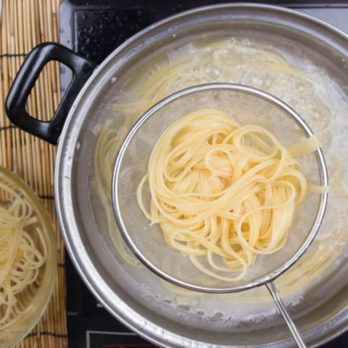Why You Should Never, Ever Add Oil to Your Pasta Water
