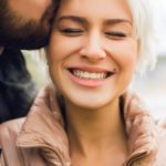 A Relationship Expert Reveals the 4 Factors that Create Romantic Chemistry. Do You Have Them?