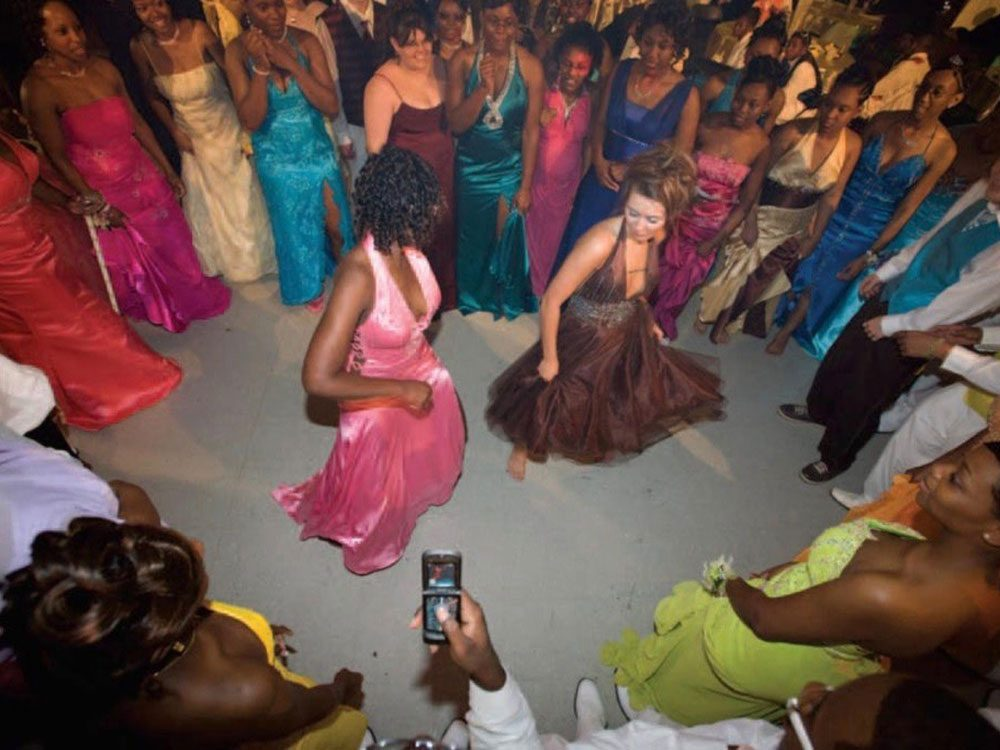 First racially integrated prom in Charleston, Mississippi