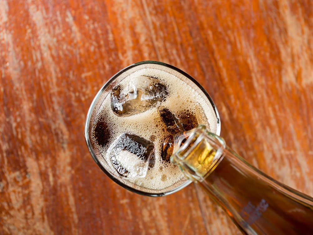 How to lose weight without exercise: Ditch diet drinks