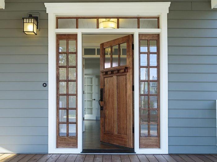How burglars break into homes - open front door