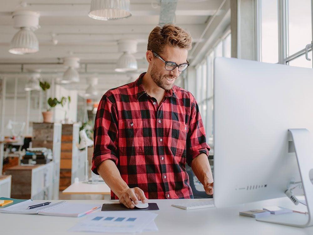 New health studies - standing desk