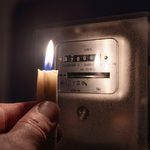 14 Things You Should Never Do During a Power Outage