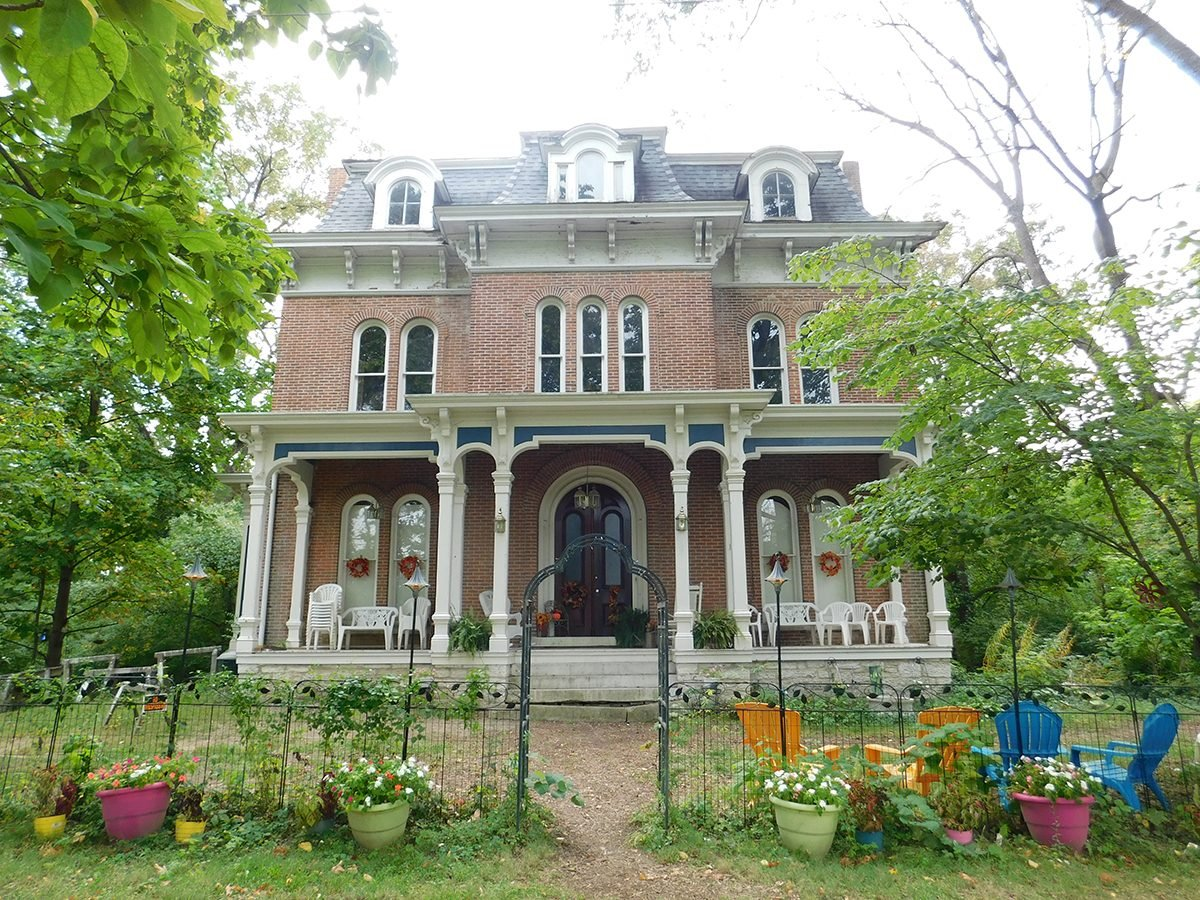 Haunted house mysteries - McPike Mansion, Alton, Illinois