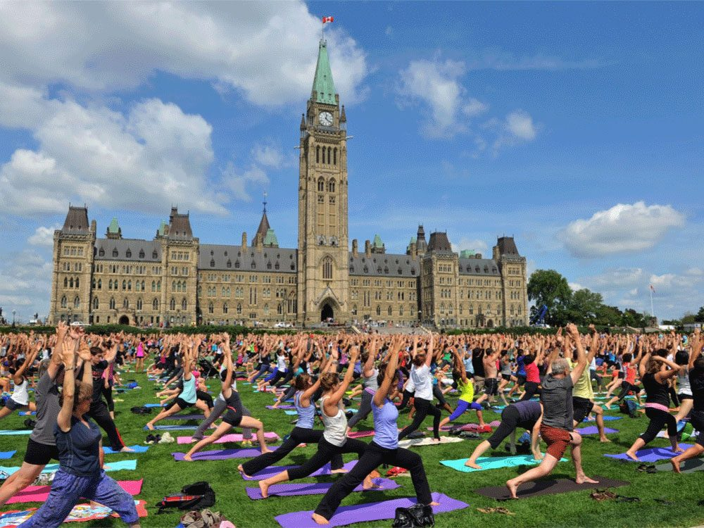 Living in Canada - Yoga at Parliament