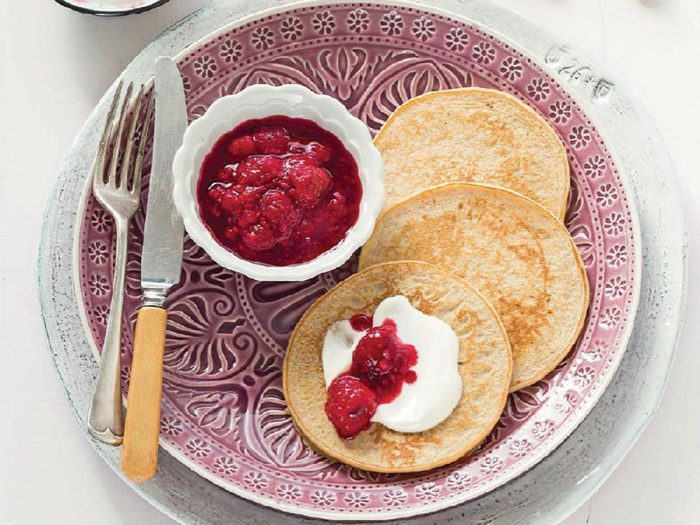 Quinoa pancakes with raspberry compote