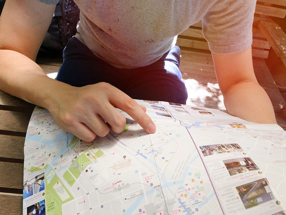 Airbnb hosts should play the tour guide