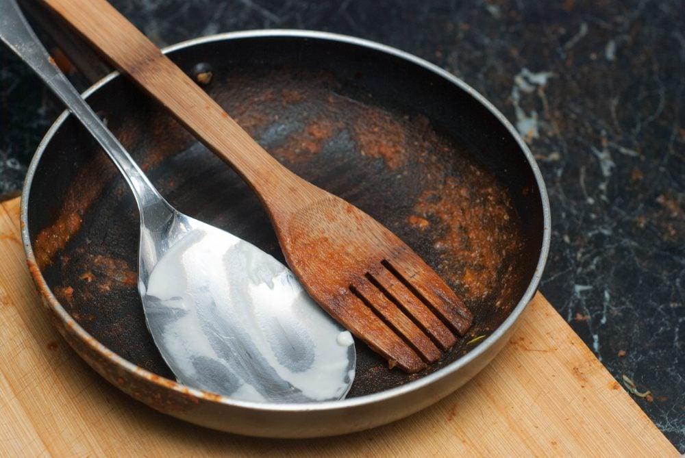 Dirty cooking pan