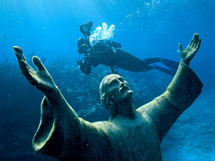 Diving at an undersea park in Key West