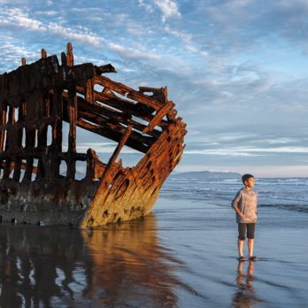 10 of the Most Gorgeous Shipwrecks Around the World