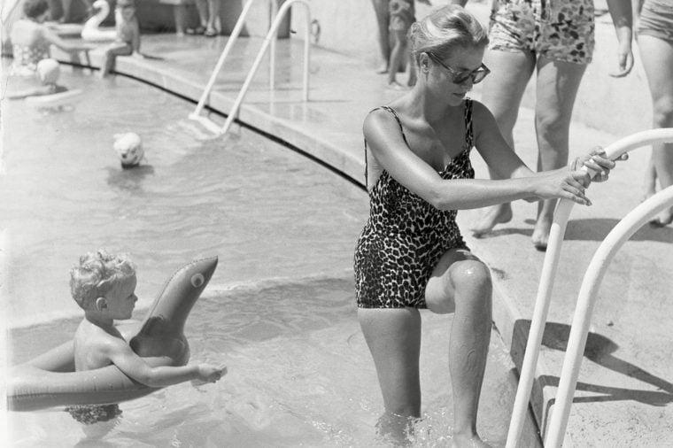 Grace Kelly pool