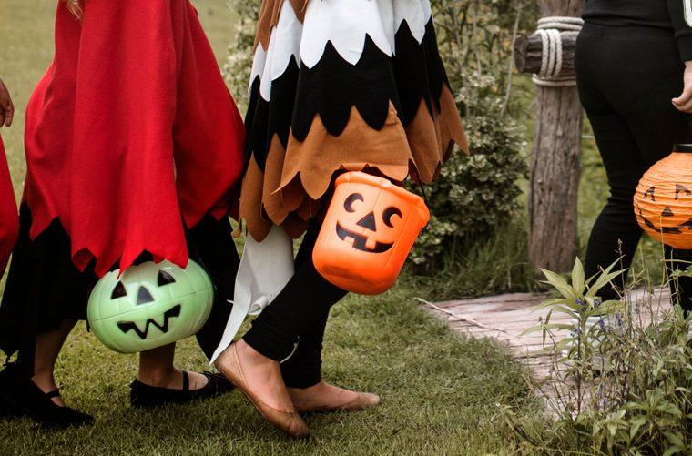 Halloween etiquette