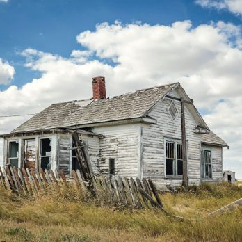 These Shots of Saskatchewan's Ghost Towns Are Absolutely Stunning