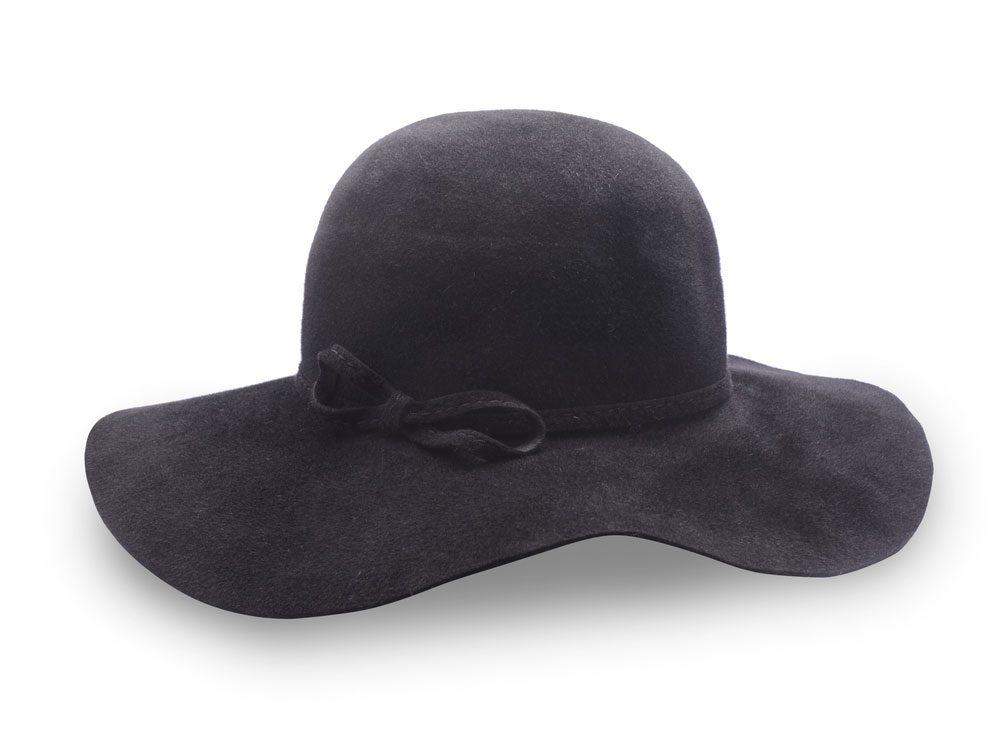 Floppy black hat