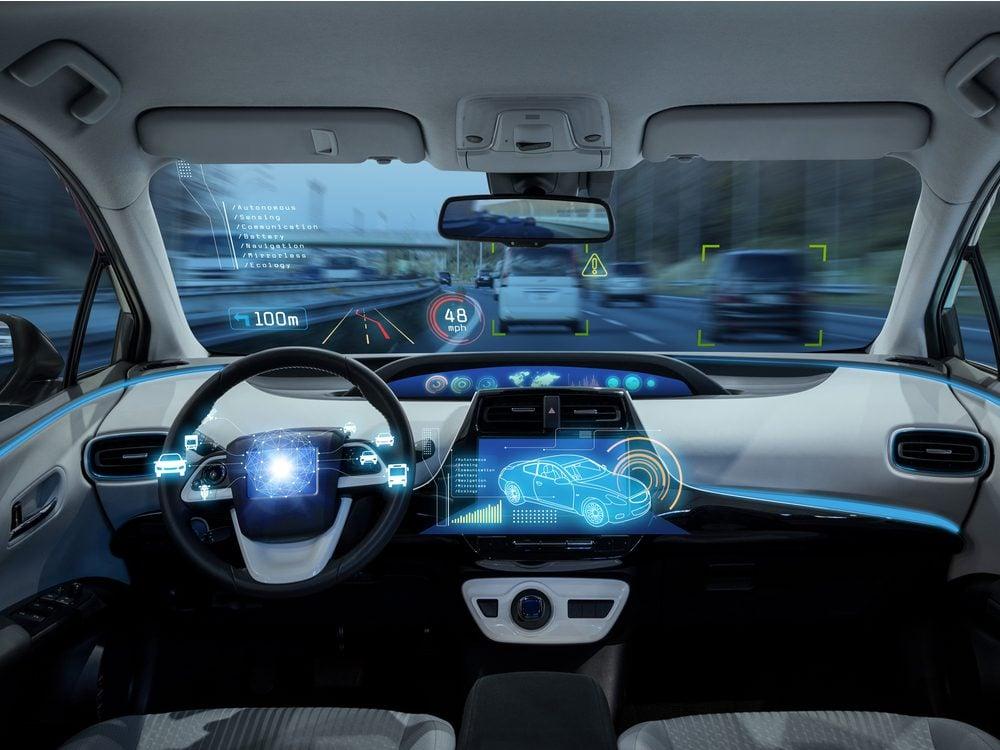 Self-driving/autonomous car