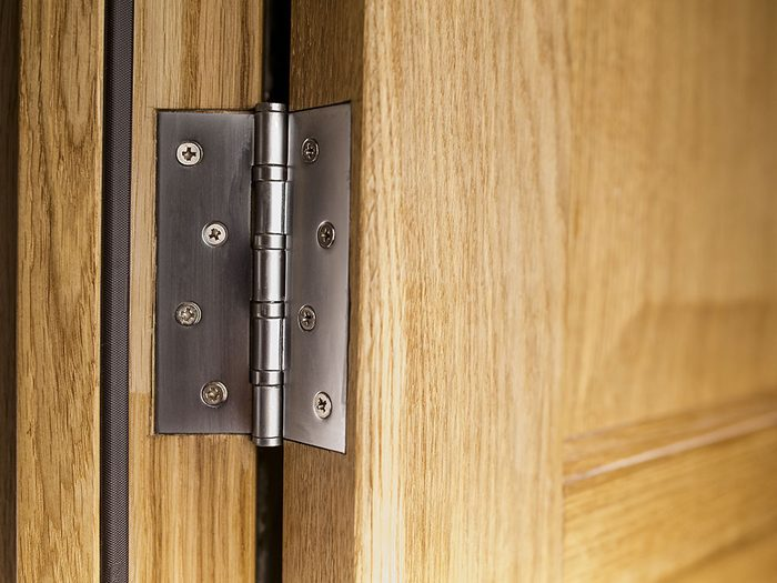 Use cooking spray on hinges
