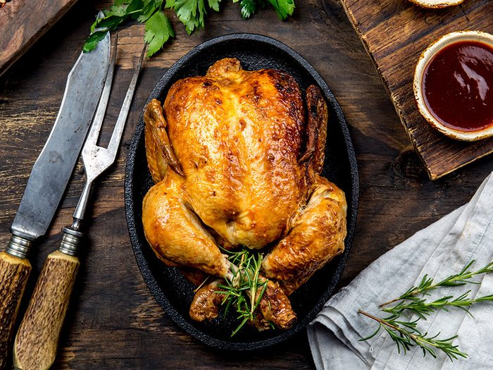 Uses for Apples: Cook a Juicy Roast Chicken