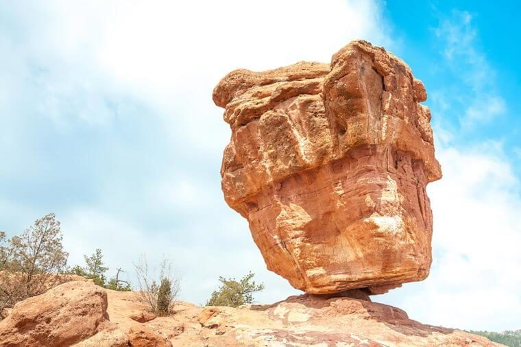 10 Naturally Gorgeous Rock Formations Around the World
