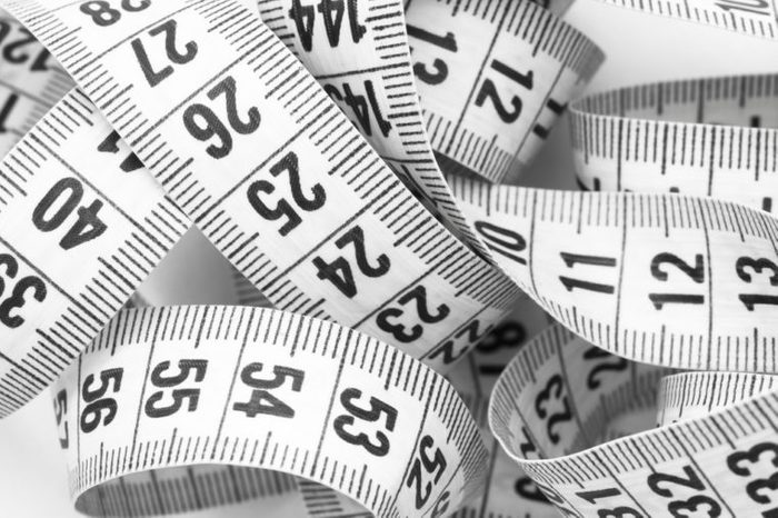 curved measuring tape