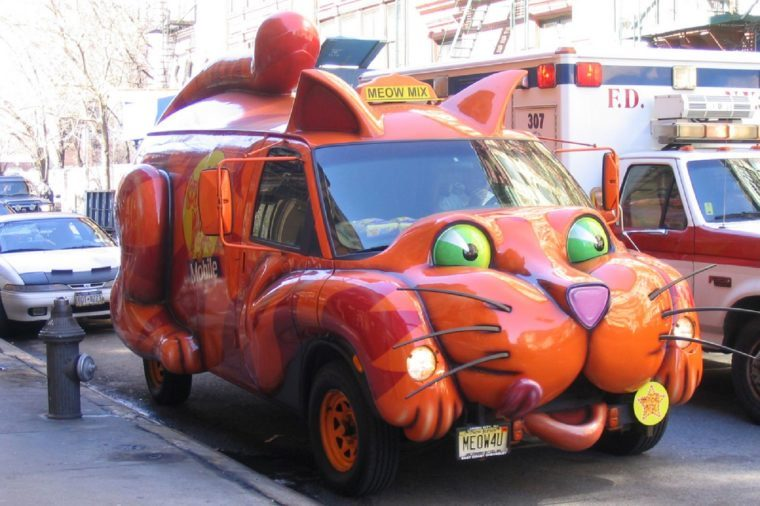 Car shaped like a cat on the streets of New York