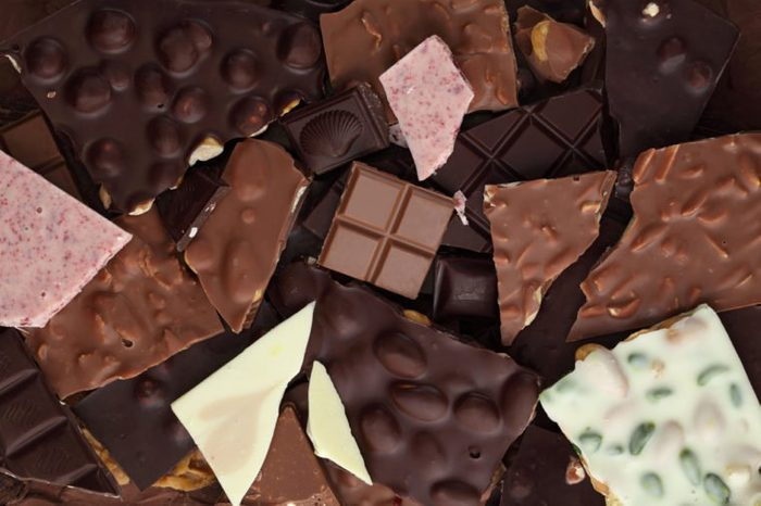 Chocolate bar/ chocolate bar pieces / nut chocolate/ chocolate background