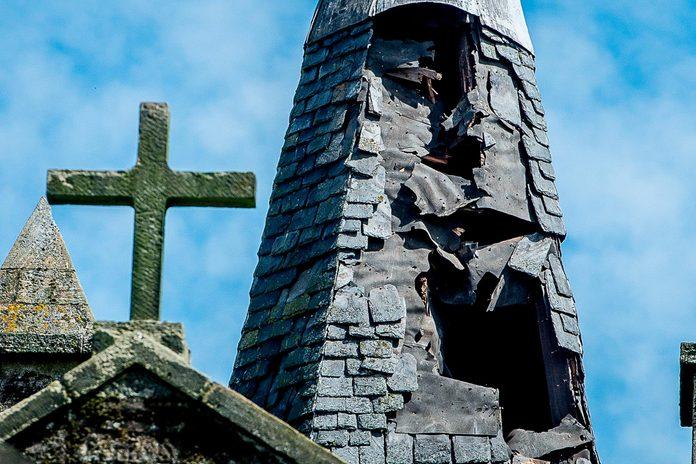 Church struck by lightning