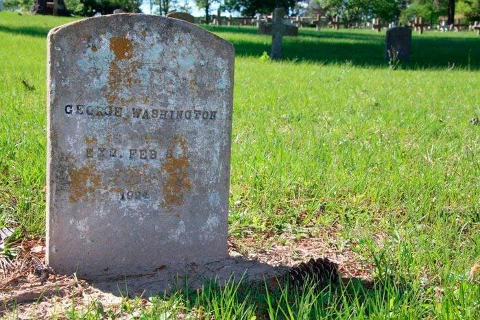 Tombstone/headstone