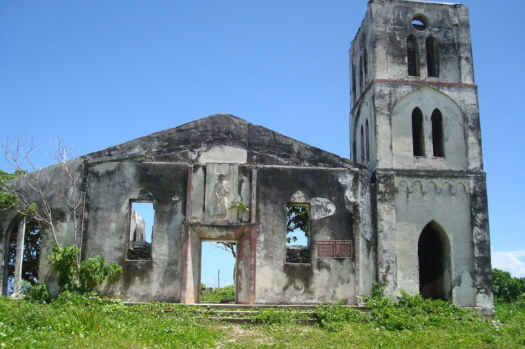 samoa_abandoned churches