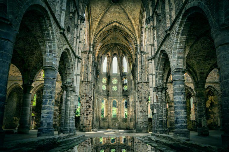 12 abandoned churches that are eerily gorgeous