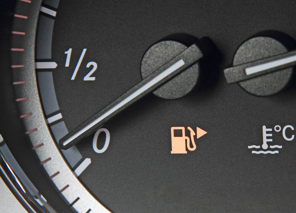 Gas tank locator