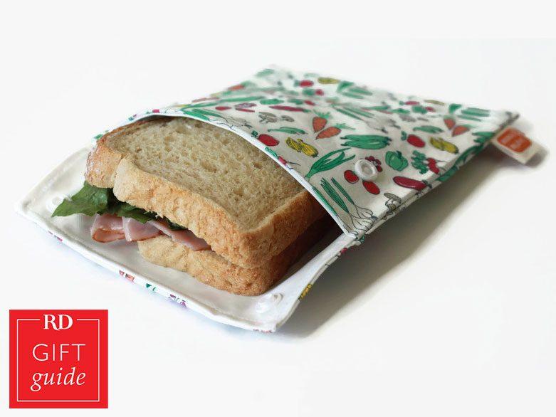 Canadian Gift Guide - La P'Tite Trousse resuable sandwich bags Etsy
