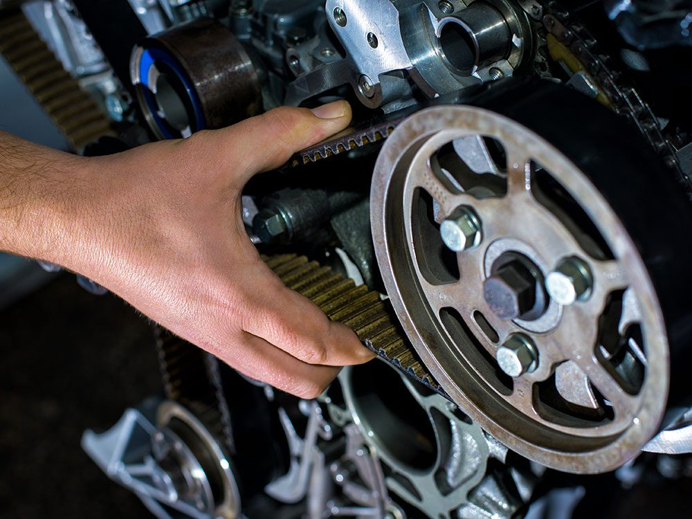 Car maintenance services: Check timing belt
