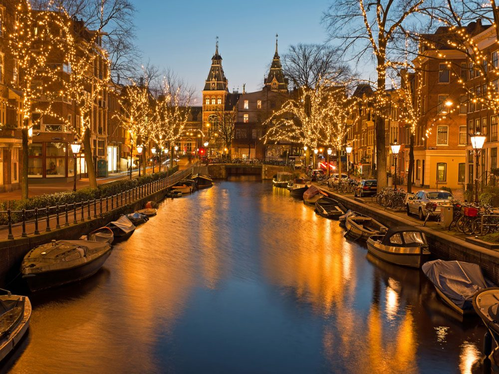 Christmas In Holland.Christmas Traditions Around The World