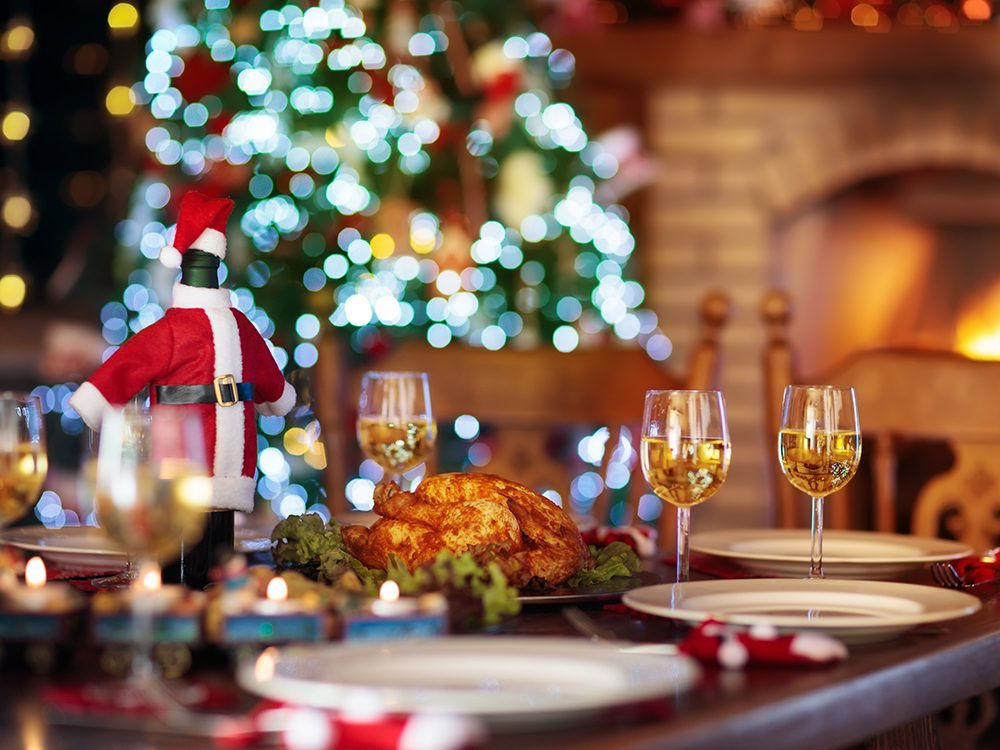 Planning a Christmas party: Table decor