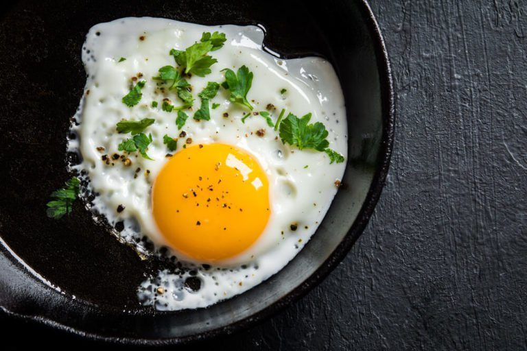 Eat an egg to avoid holiday weight gain