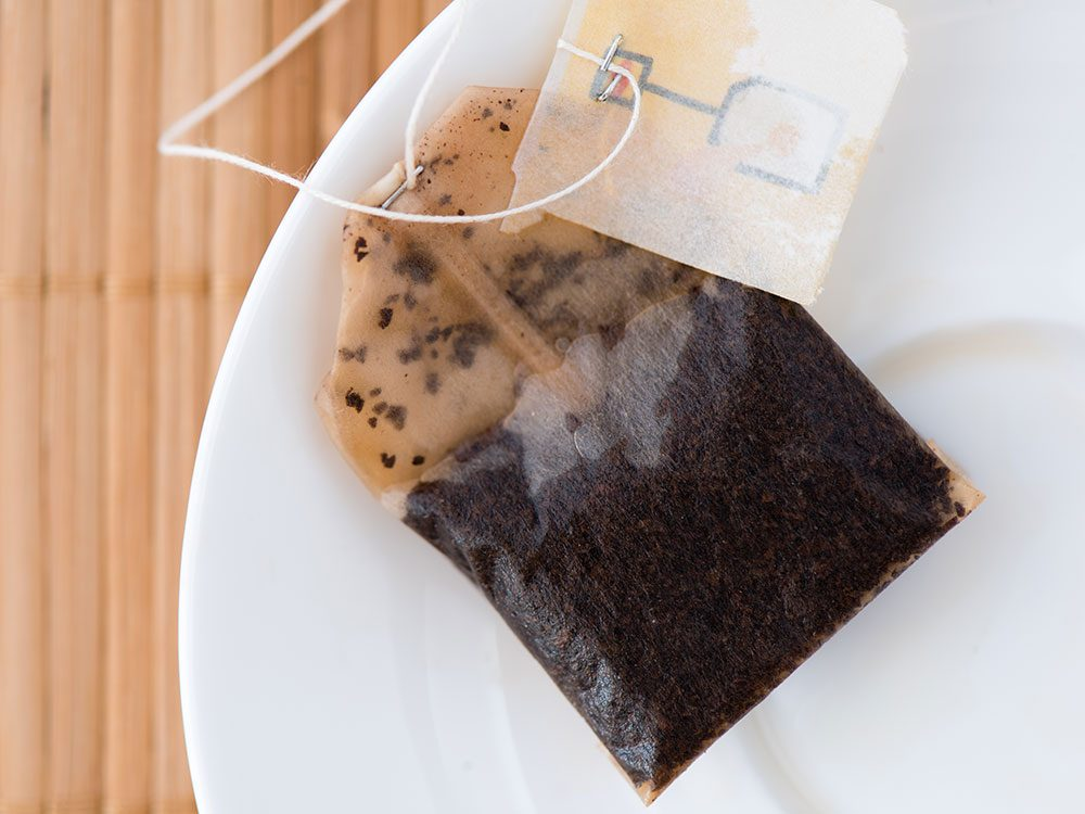 Use a tea bag for hemorrhoid relief