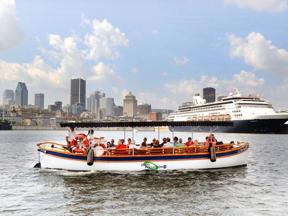 Le Petit Navre boat cruise