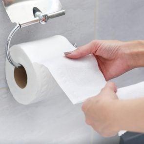 Best position to poop - Toilet paper