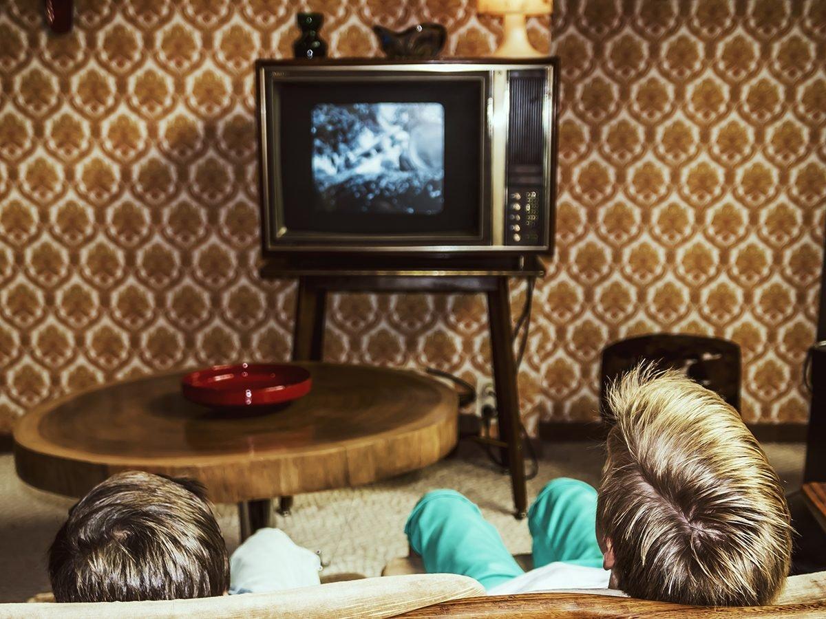 Best jokes of all time - vintage TV set in old living room