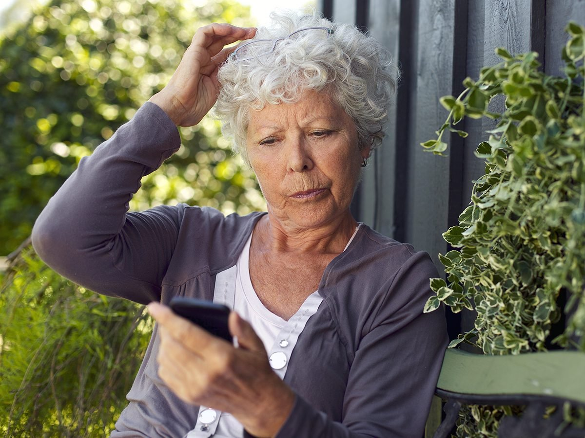 Best Reader's Digest jokes of all time - older woman texting