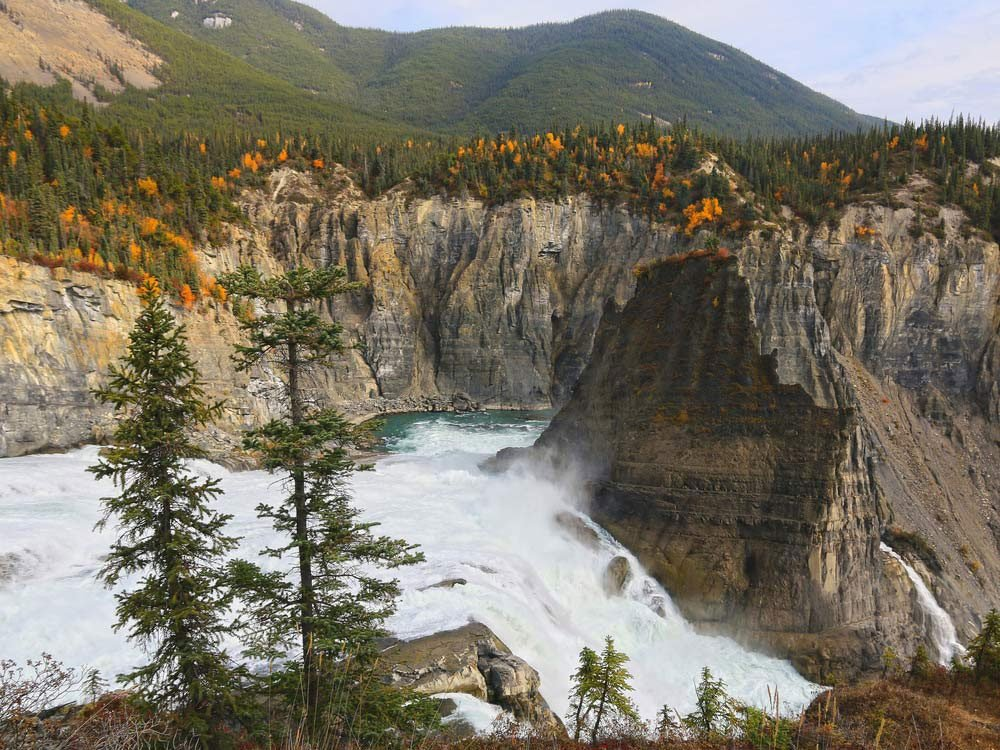 Canada attractions - Nahanni