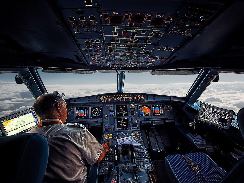 Drama in Real Life - airplane crisis