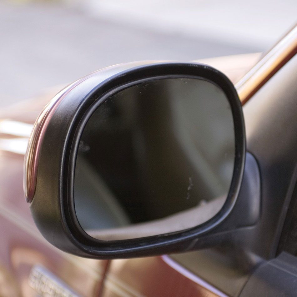 Repaired side view mirror