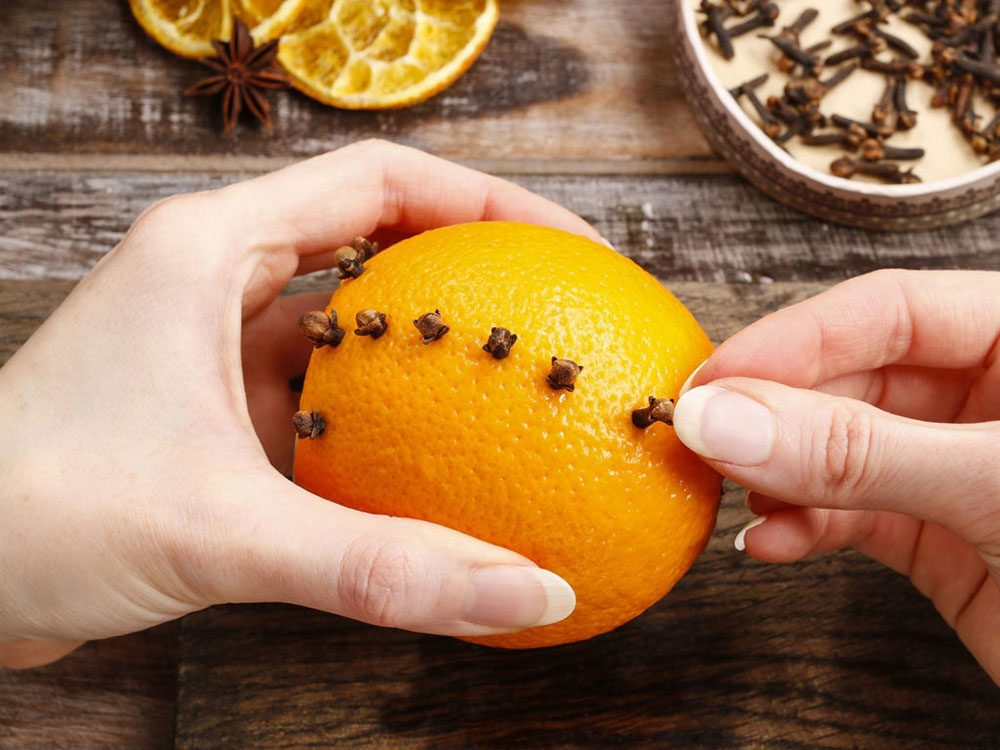 What to do with old oranges - make pomanders