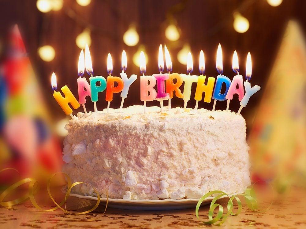 Super 75 Hilarious Birthday Jokes Readers Digest Canada Funny Birthday Cards Online Elaedamsfinfo