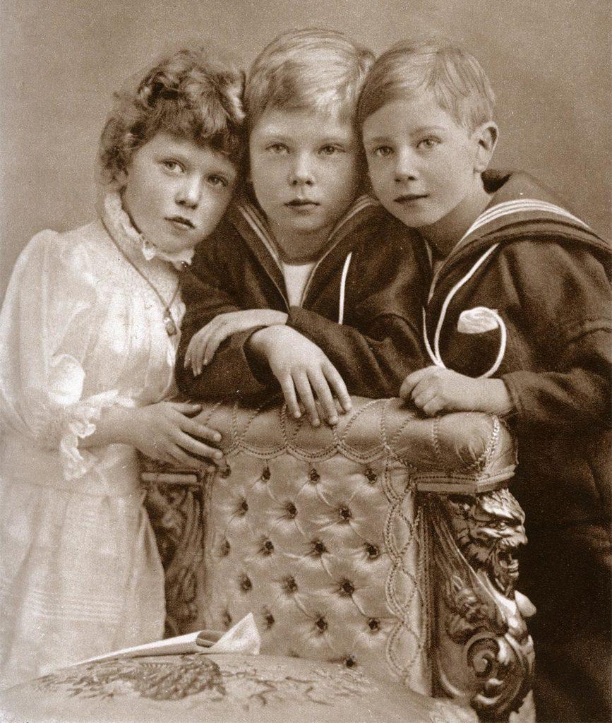 Princess Mary, Prince Edward and Prince Albert, 1902