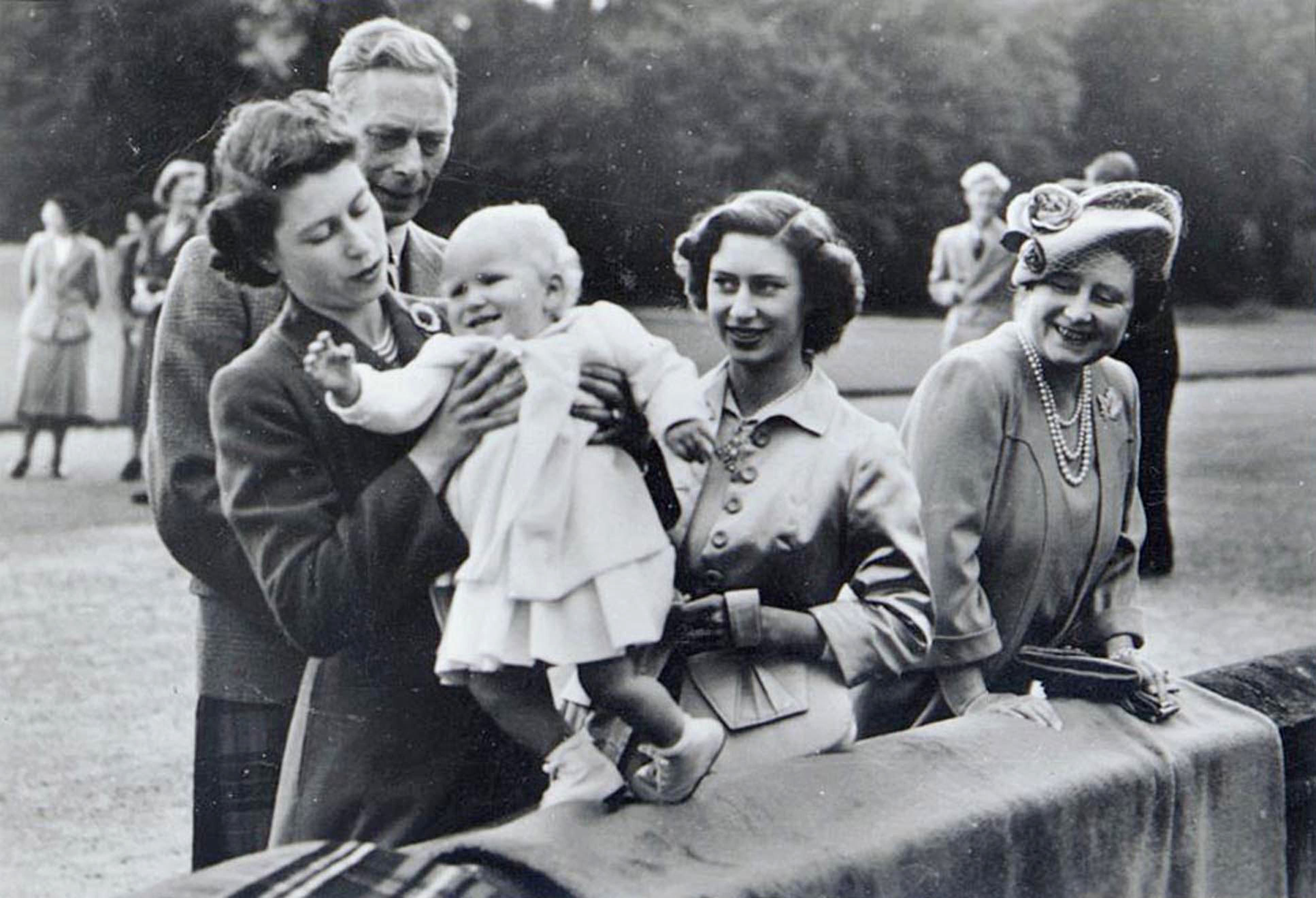 VARIOUS BRITISH ROYALTY - 1950S