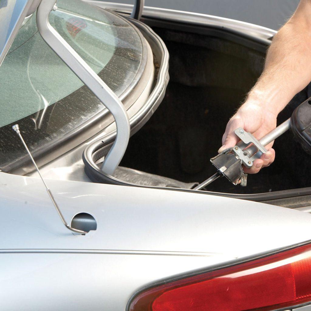 Fixing car's power antenna