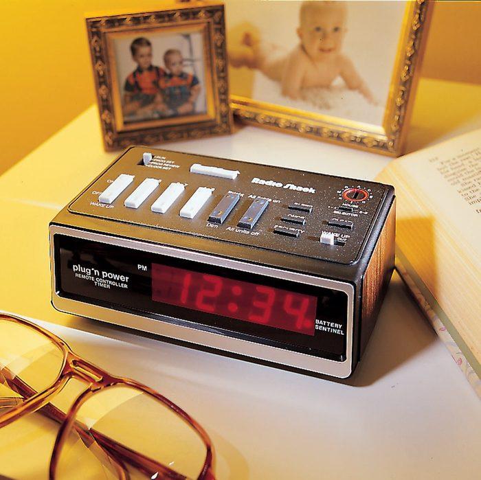 '90s alarm clock