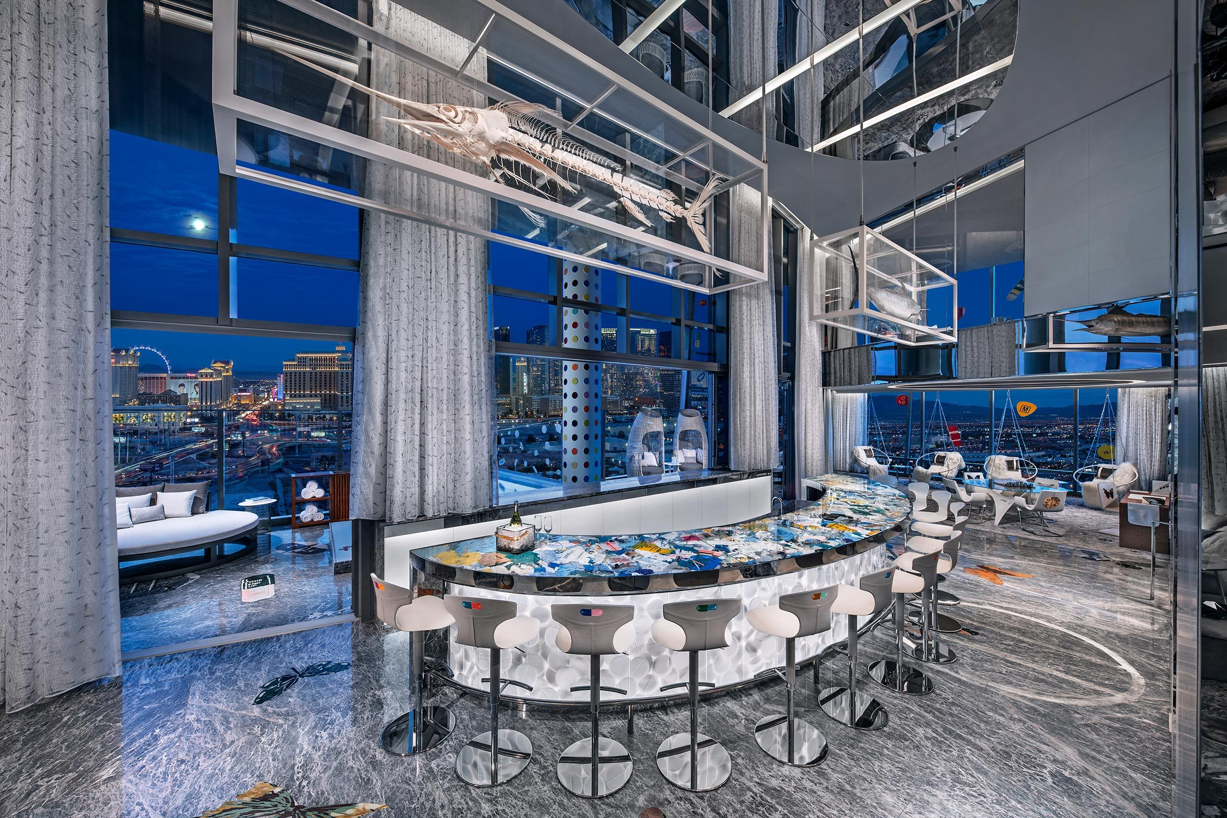 bar most expensive hotel room